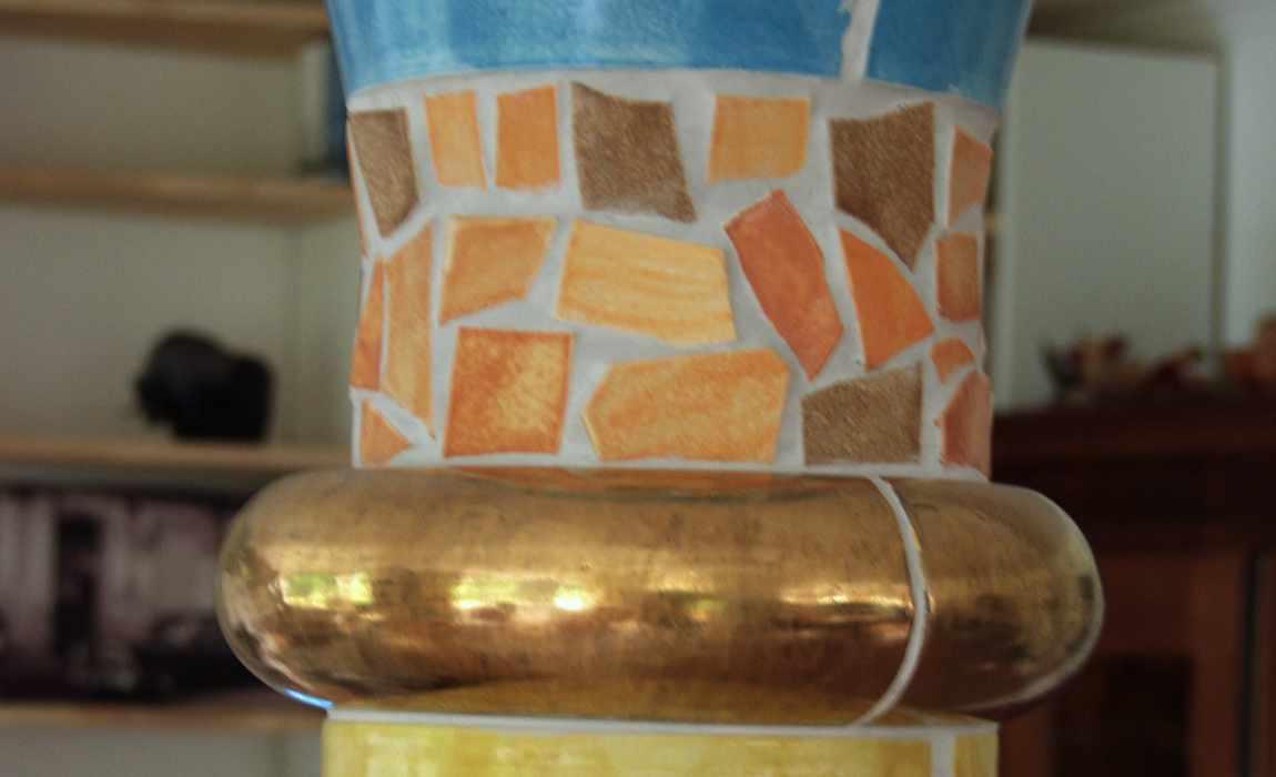 Ausschnitt Keramiksäule von Guido Kratz aus Hannover