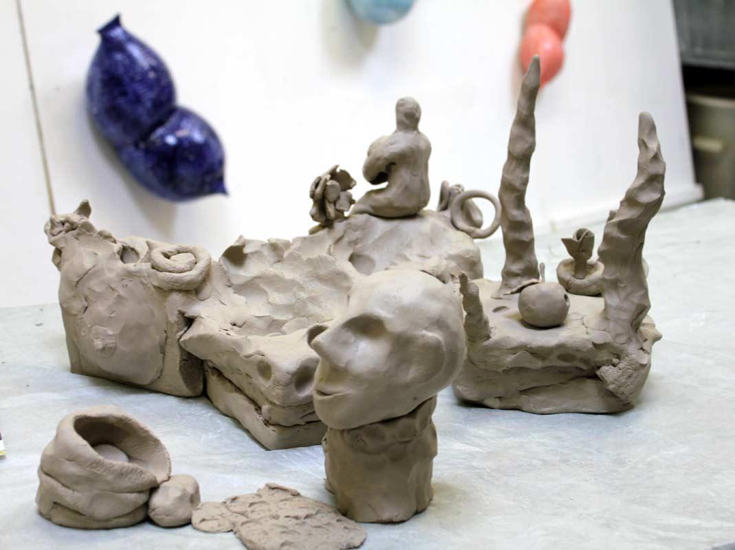 Community Sculpture Building beim Zinnober Kunstvolkslauf 2015 im Atelier von Guido Kratz 04