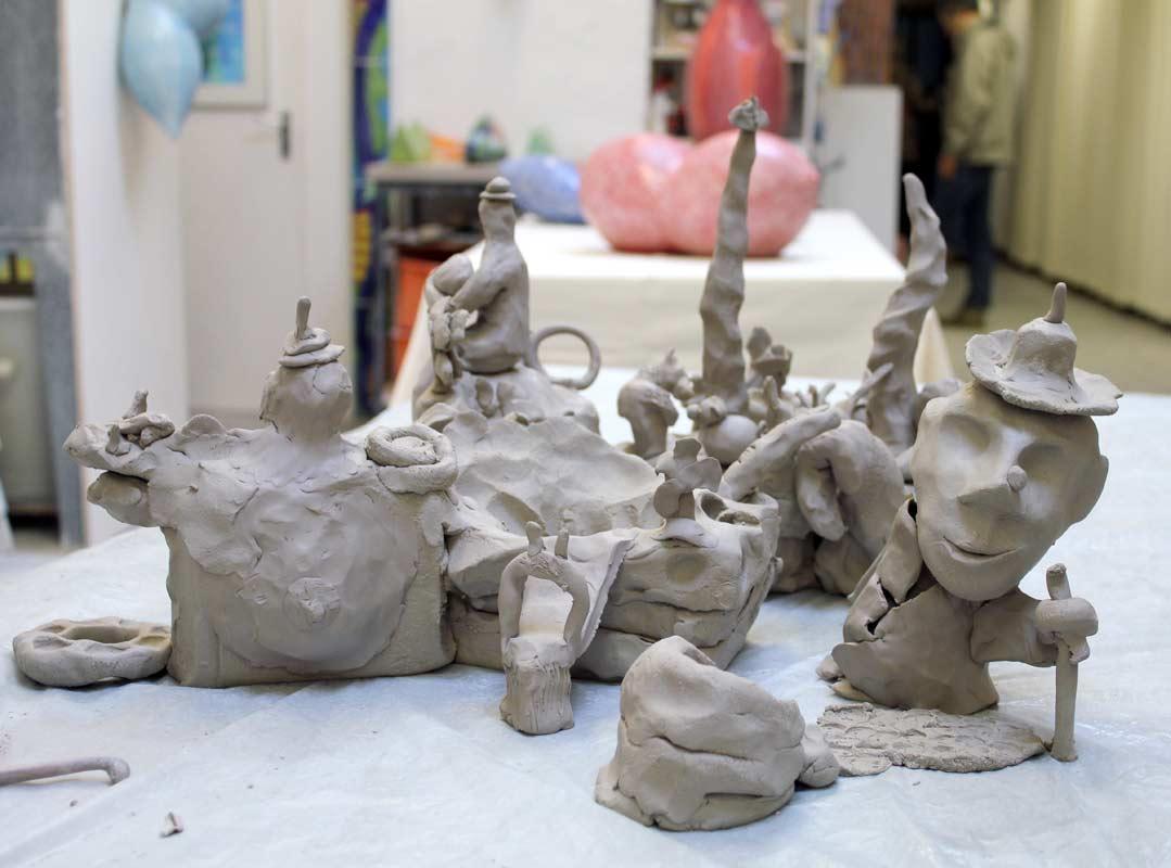 Community Sculpture Building beim Zinnober Kunstvolkslauf 2015 im Atelier von Guido Kratz 07