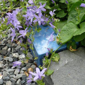 Garten mit Keramik Pflastersteinen von Guido Kratz aus Hannover 2