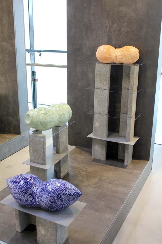 Gefäße von Guido Kratz in der Wiedemann Bad Ausstellung in Hannover 01