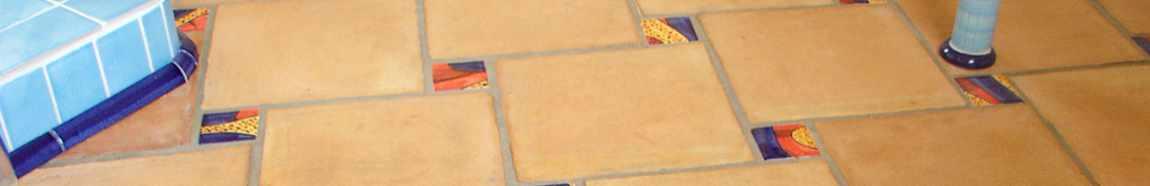 Handgearbeitete Bodenfliesen mit Terrakotta von Guido Kratz aus Hannover