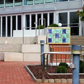 Relief im Außenbereich des Wilhelm Gefeller Bildungszentrum IGBCE von Guido Kratz aus Hannover Bild 2