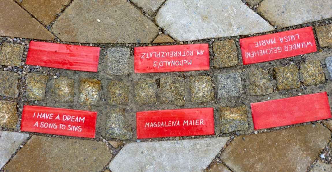 Keramikpflasterstein im Weg der guten Töne von Guido Kratz aus Hannover