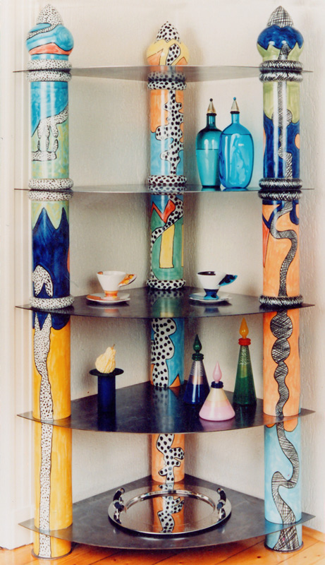 Keramikregal mit drei Säulen von Guido Kratz