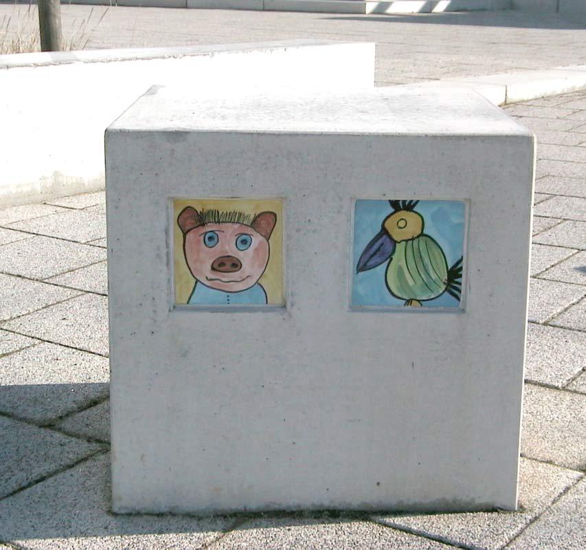 Fliesen von Kindern und Jugendlichen bemalt für ihre Kita in Hannover