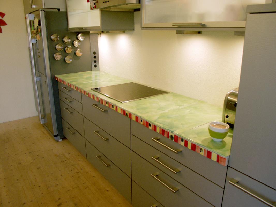 KuechenarbeitsplattemithandgemachtenFliesen Guido Kratz - Küchenarbeitsplatte aus fliesen
