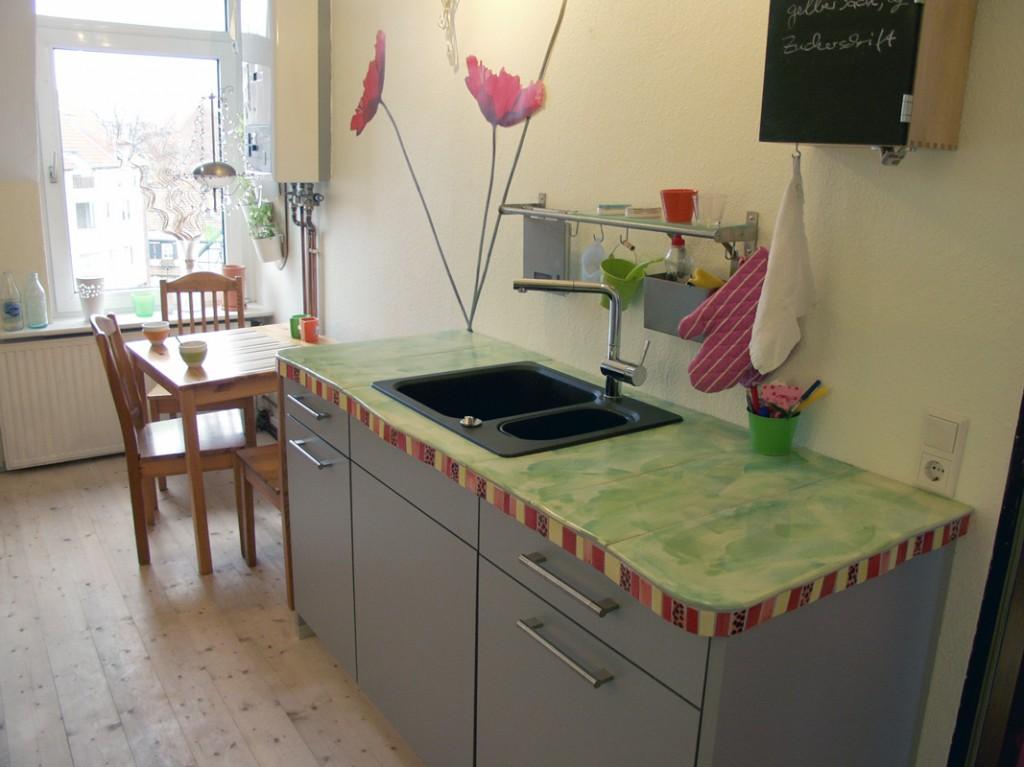 Küchenarbeitsplatte mit handgemachten Fliesen von Guido Kratz