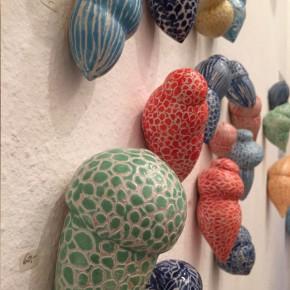 Kunst im Korridor 4, eine Ausstellung mit Keramik-Gefäßen von Guido Kratz aus Hannover