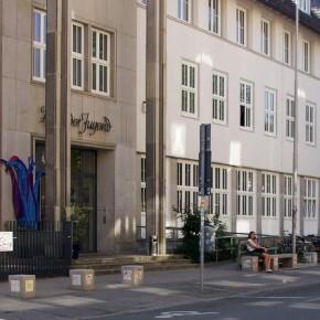 Fliesen von Kindern und Jugendlichen bemalt für die Musikschule in Hannover