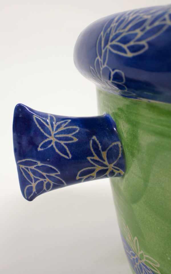 Handgedrehtes Pflanzgefäß grün blau Detail von Guido Kratz aus Hannover