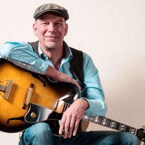 Tom-Kölling Gitarrist aus Hannover