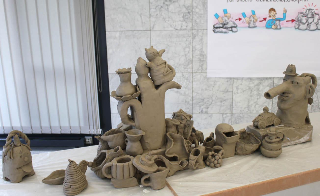 Volle Kanne 05 Workshop Gemeinschaftsskulptur von Guido Kratz aus Hannover