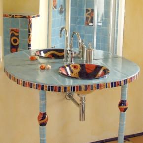 Waschtisch mit kleinen Säulen von Guido Kratz