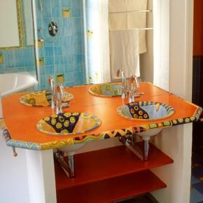 Waschtisch mit zwei handbemalten Waschbecken von Guido Kratz