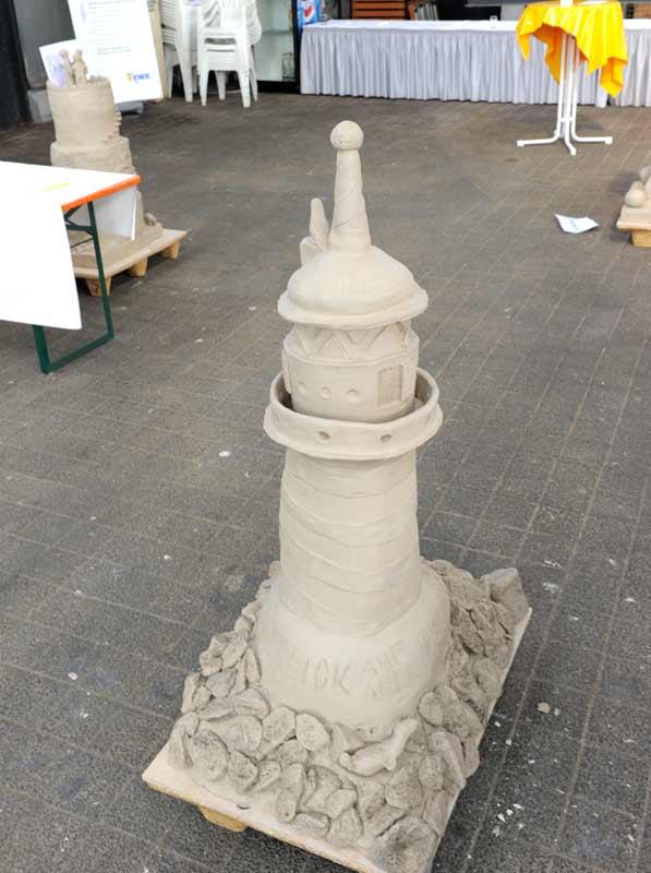 Skulpturen-Workshop mit Unternehmensleitsätzen, Teambildung, von Guido Kratz aus Hannover Bild 04