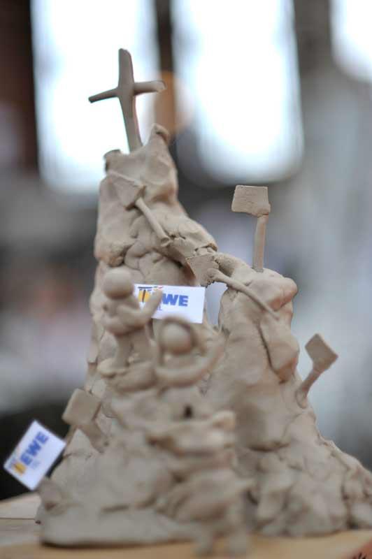 Skulpturen-Workshop mit Unternehmensleitsätzen, Teambildung, von Guido Kratz aus Hannover Bild 06