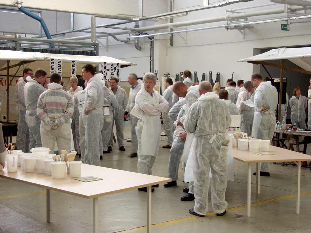 Teambildung als Kunstprojekt von Guido Kratz aus Hannover mit Haworth Bild 01