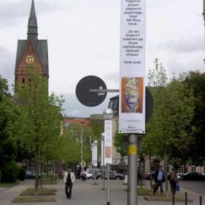 """Bild 08, aus """"malText 30169"""", ein Kunstprojekt von Guido Kratz und Maria Eilers aus Hannover"""